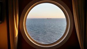 cruise-830875_1280